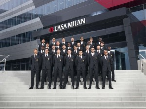 AC Milan players pose in their new Dolce & Gabbana uniforms (Photo Credits: Dolce & Gabbana)